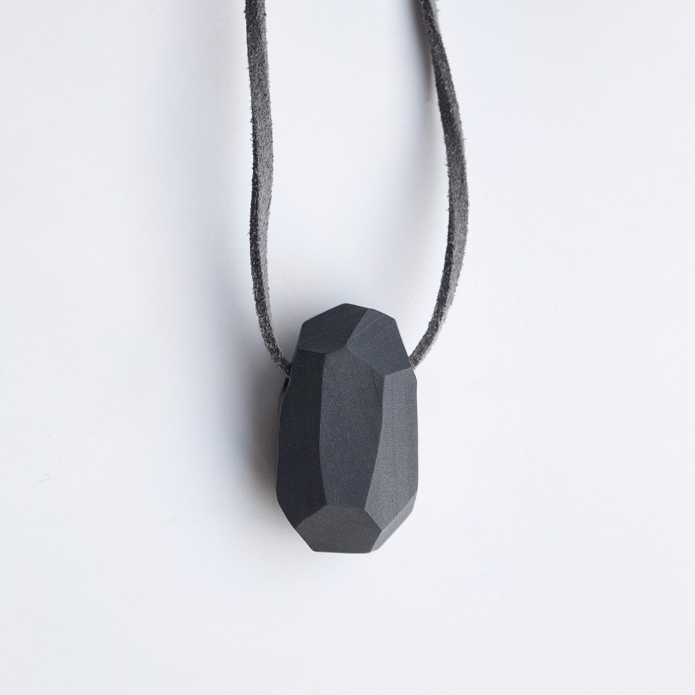 Picture of Graphite Necklace 'Stones'