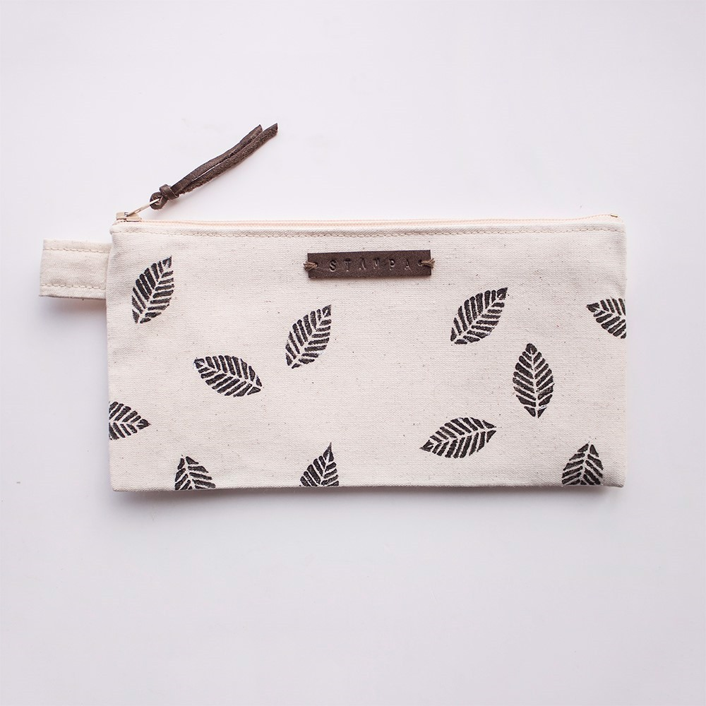 Picture of Leaves Zipper Pouch