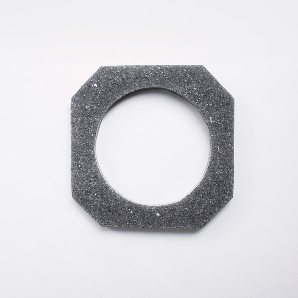 Picture of Dark Grey Octagon Bracelet 'Blend'