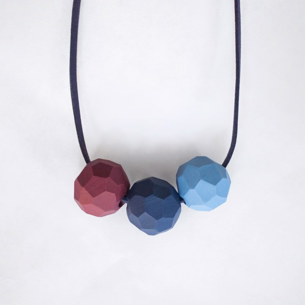 Picture of Frozen berries Necklace 'Builder'
