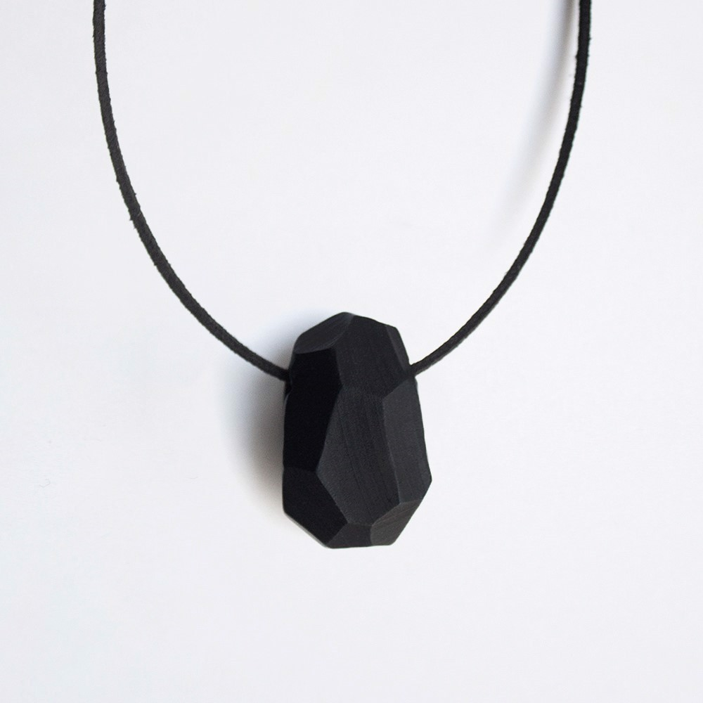 Picture of Raven Necklace 'Stones'