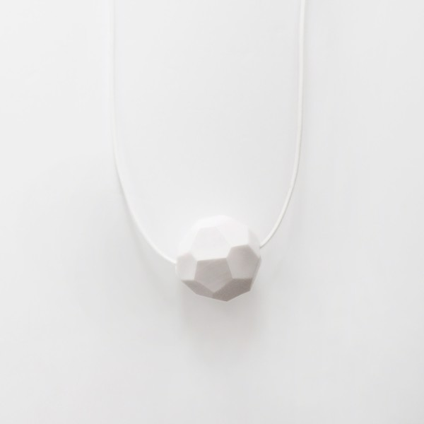 Picture of Small White Necklace 'Stones'