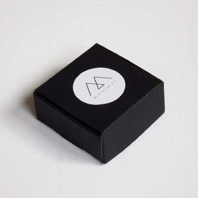 Стандартен черен картон