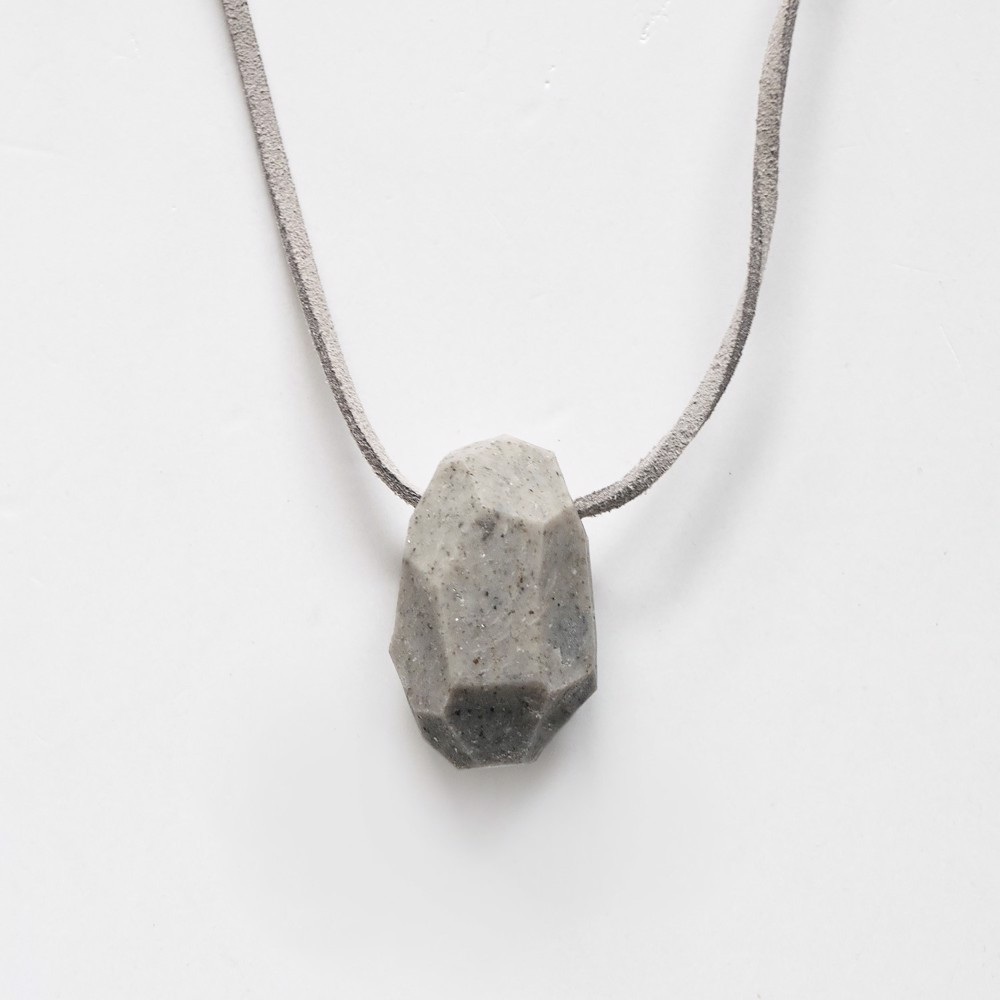 Picture of Granite Necklace 'Stones'