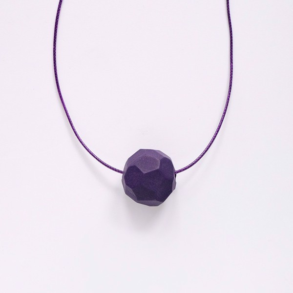 Picture of Small Eggplant Necklace 'Stones'