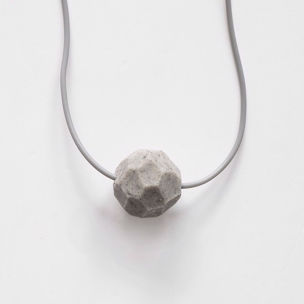 Picture of Round Granite Necklace 'Stones'