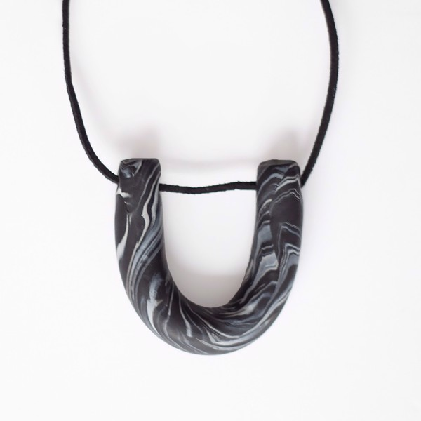 Picture of Marble Necklace 'Surfaces'
