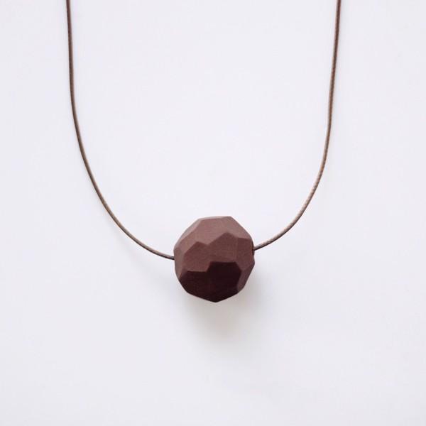 Снимка на Малко колие Chocolate'Stones'